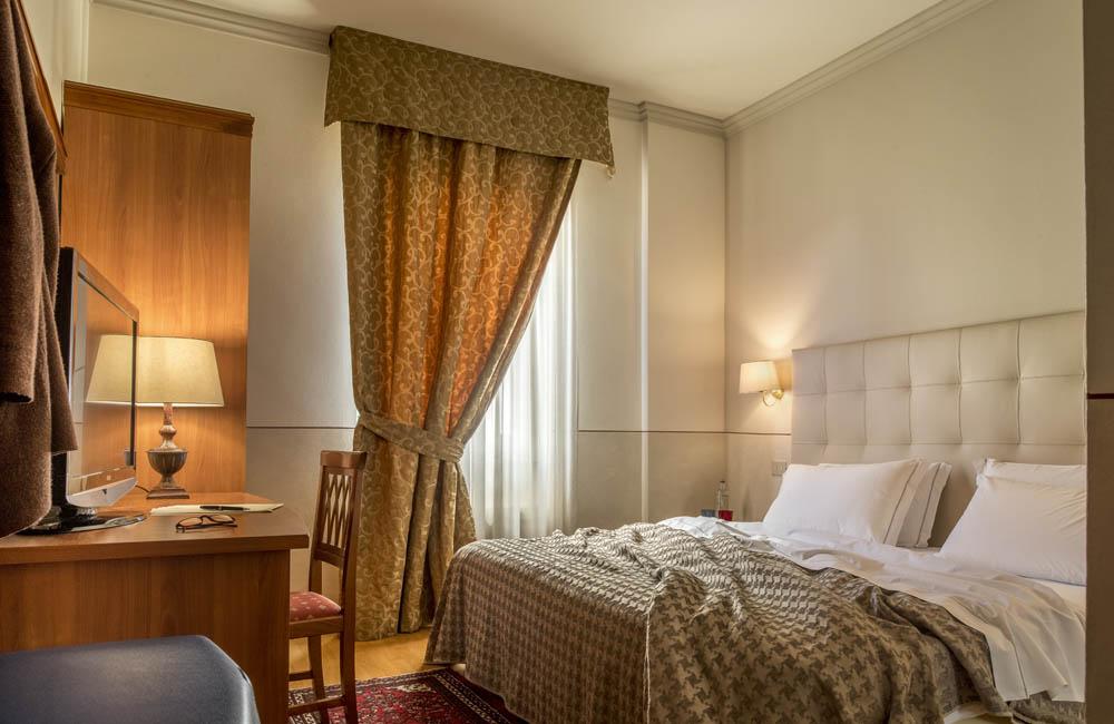 hotel brescia hotel ambasciatori standard room