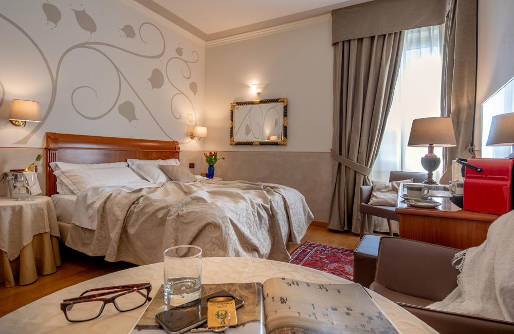 best-superior-double-room-hotel-brescia