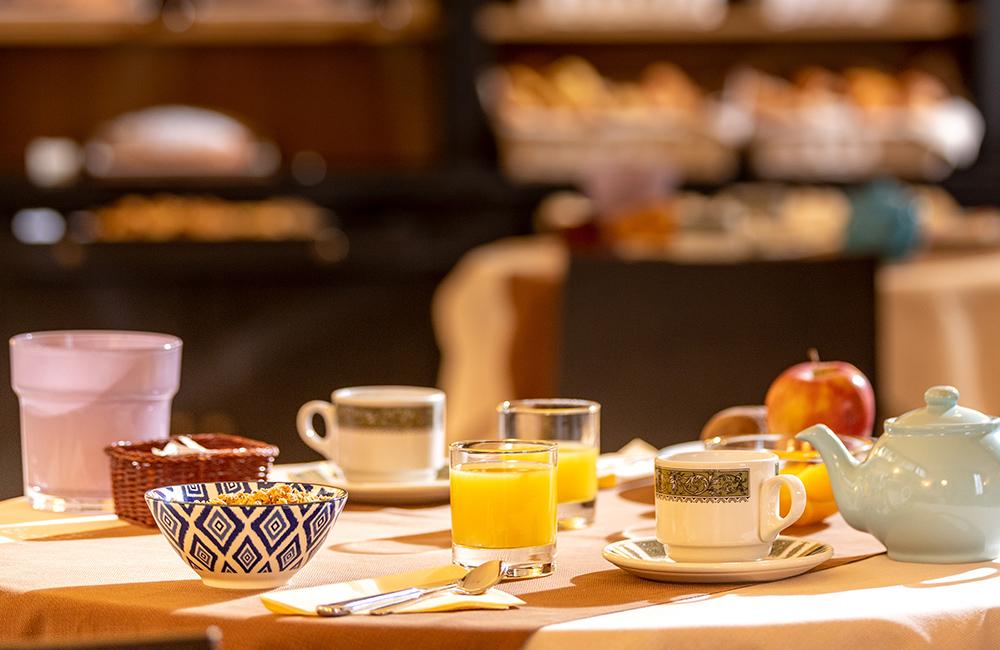 colazione-a-buffet-hotel-ambasciatori-brescia