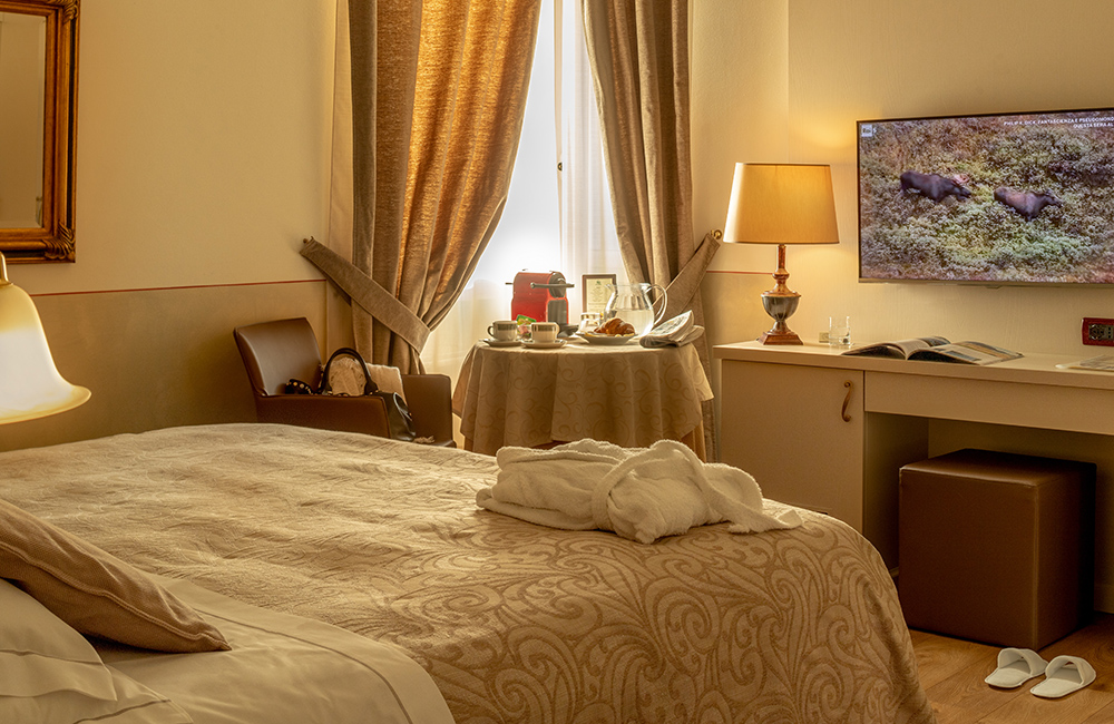 hotel-ambasciatori-brescia-superior-room
