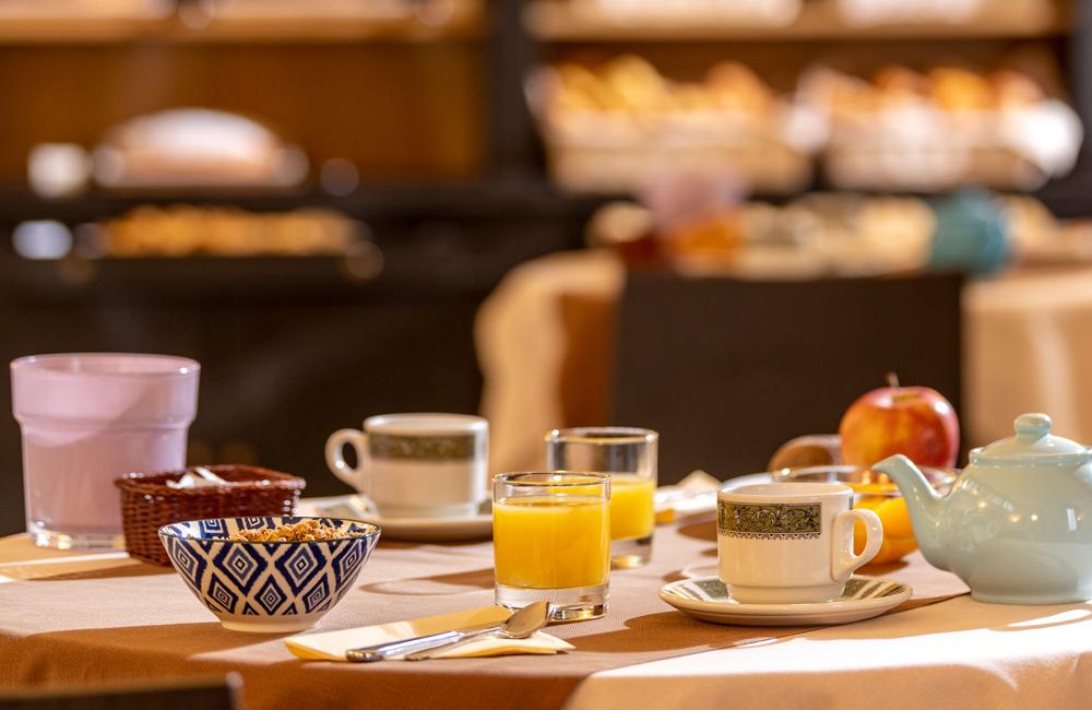 hotel ambasciatori brescia buffet breakfast