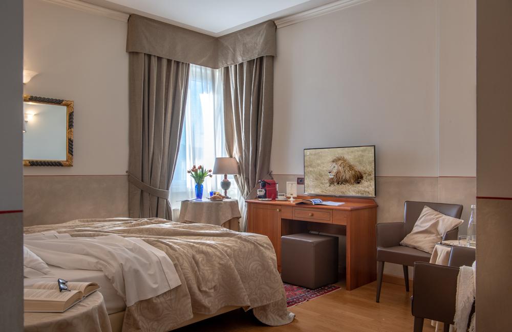 superior-double-room-tripadvisor-hotel-ambasciatori-brescia
