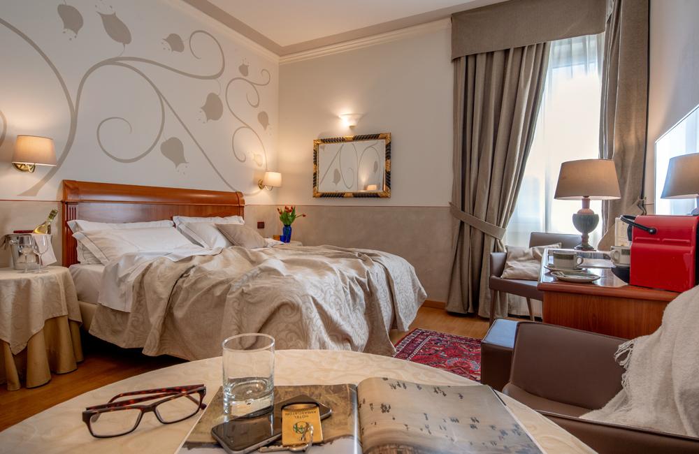 hotel ambasciatori hotel brescia superior room